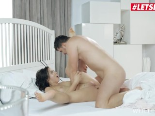 Whiteboxxx – Face Melting Squirting Orgasms From Intense Pussy Poundings